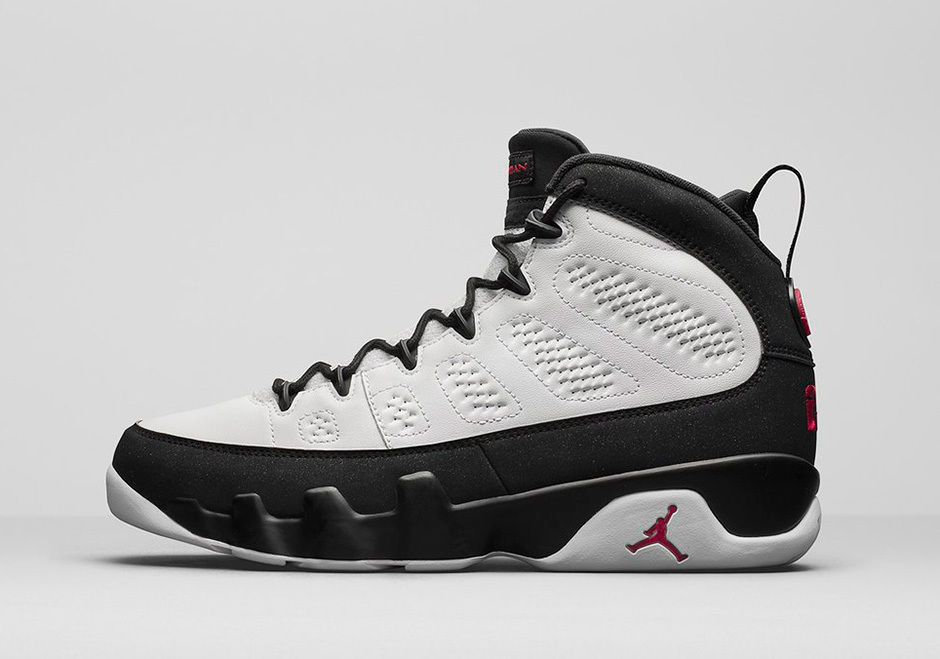 Nike Air Jordan 9 IX Retro Space Jam Playoff OG Size 9.5 302370-112