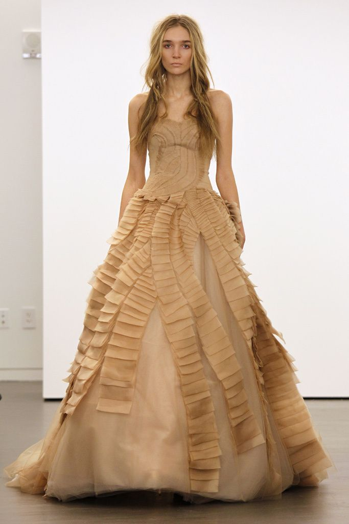 vera wang oi12 - pasarela | wedding dresses | pinterest | vestidos