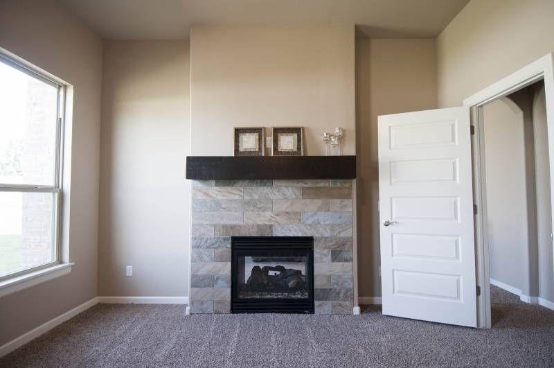 interior Model Pleasant Master Bedroom