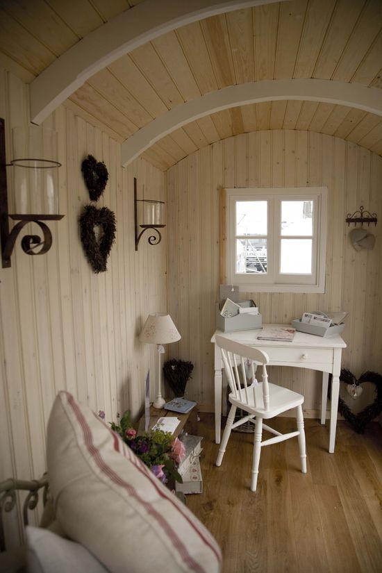 caba a de pastores por brugwachtershuis bauwagen garten. Black Bedroom Furniture Sets. Home Design Ideas
