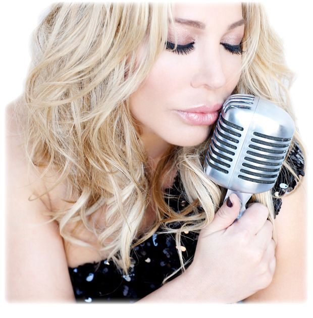 Taylor Dayne  ©2012 Taylor Dayne. All Rights Reserved.