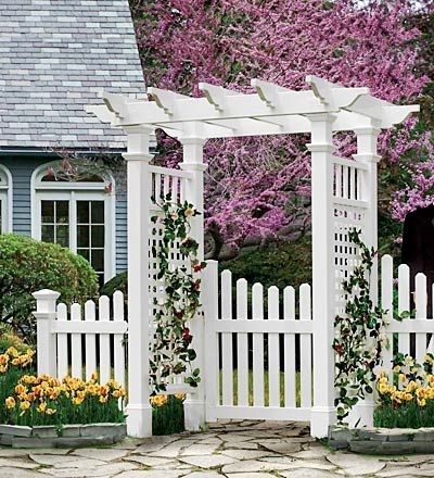 Picket fence ideas for instant curb appeal arbors curb for Fence with arbor