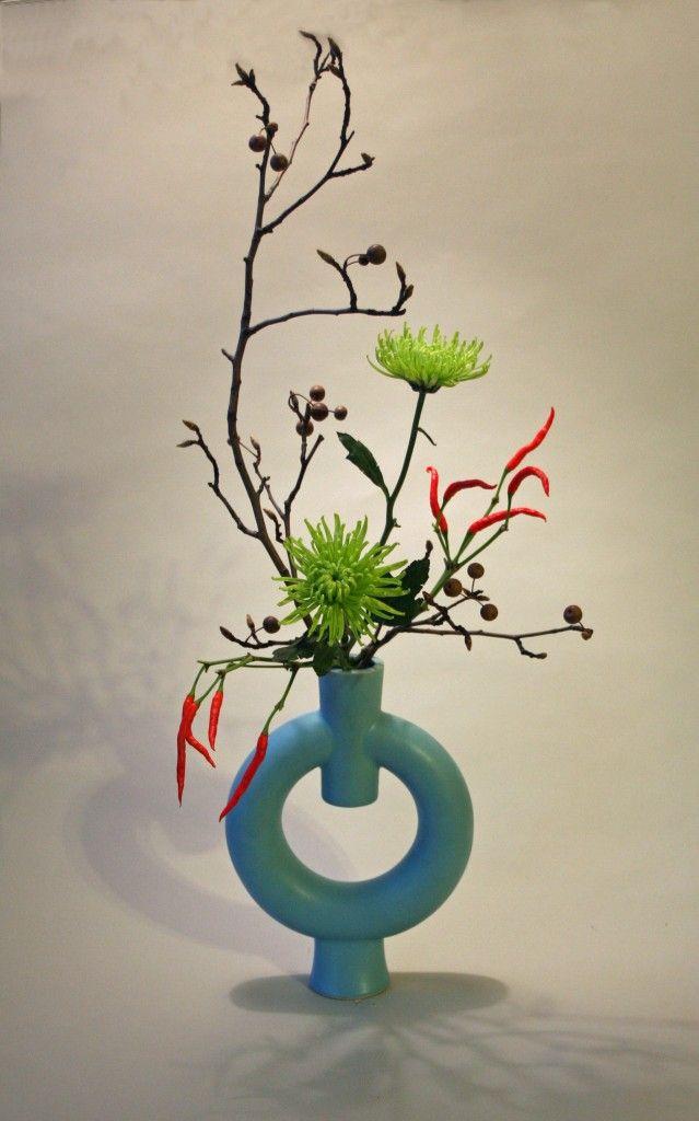 Freestyle ikebana Flower Arrangement Pinterest Ikebana, Flower