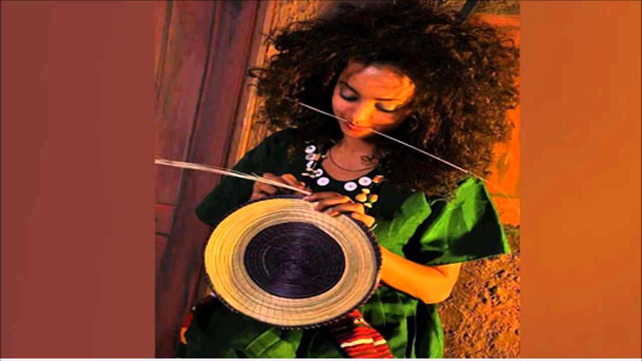 محمد وردى صدفه اغاني سودانيه اغاني سودانيه Artwork Mona