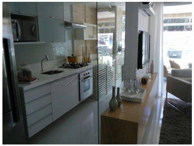 Cozinha americana fechada com vidro Fenêtre passe-plat  Janela