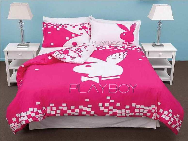 Interior Design: Playboy Bunny Room Decor With Shower