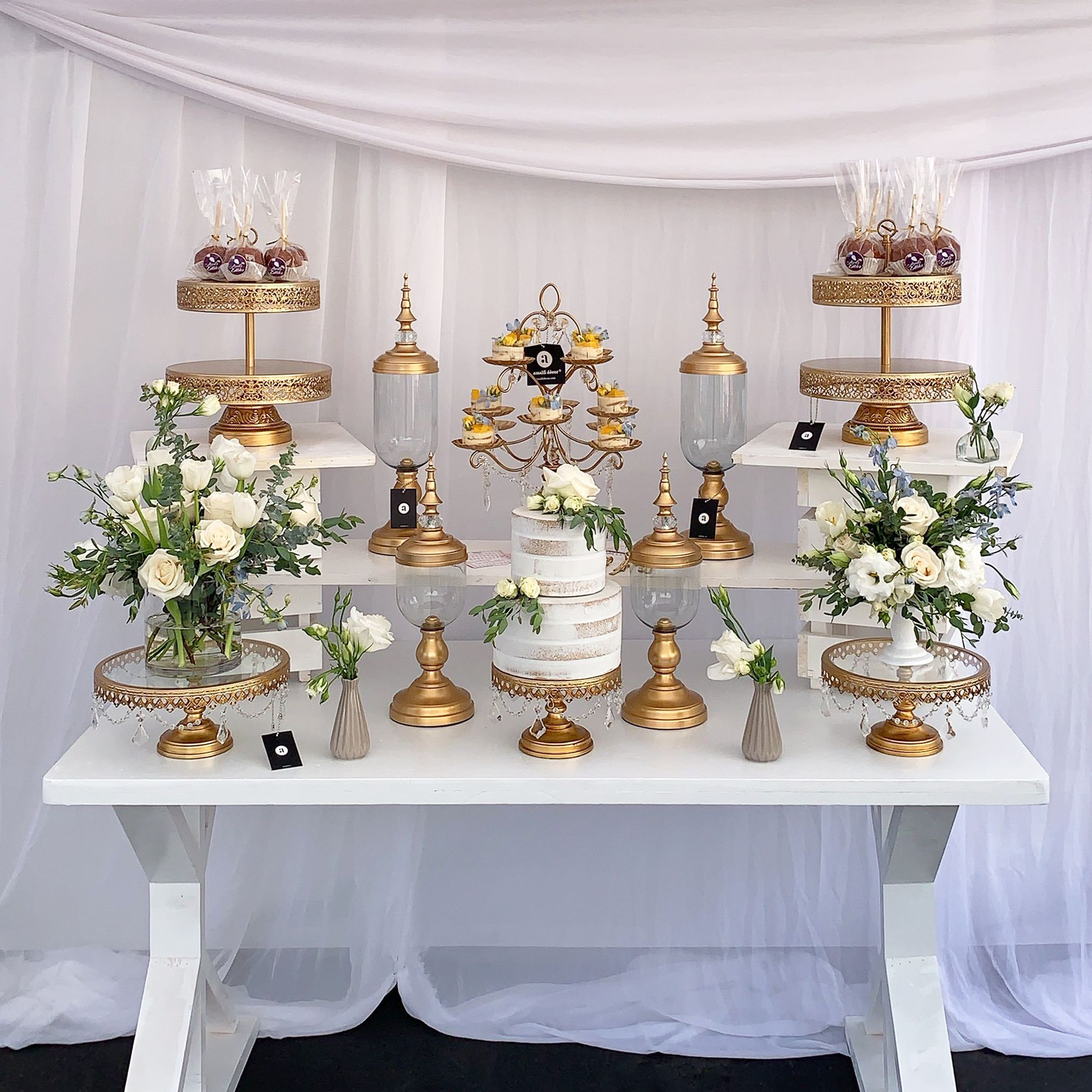 Rustic Gold And White Dessert Table We Had The Pleasure Of Styling For Majesticinglewoodpartyrentals Ve White Dessert Tables White Desserts Gold Dessert Table