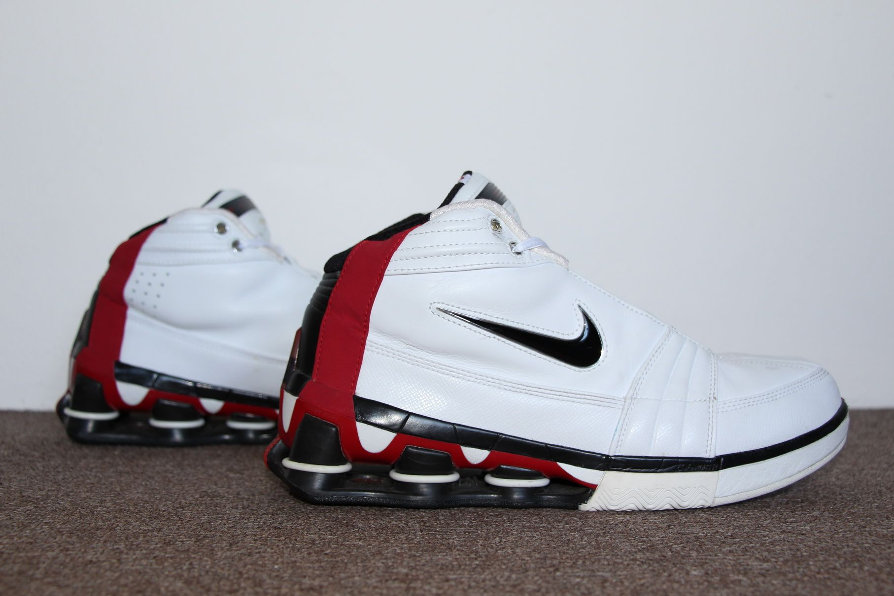 best website 6c7fd ce709 Nike Shox Vince Carter IV 2004 (White Black – Varsity Red) Basketball  Sneakers