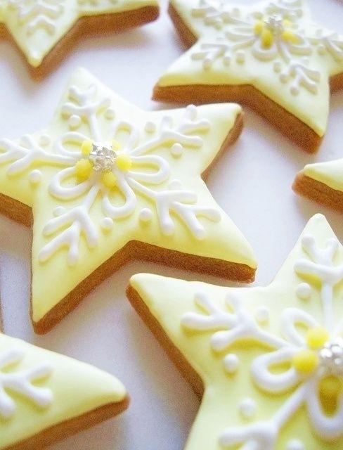 Star Cookies #HelloYellow