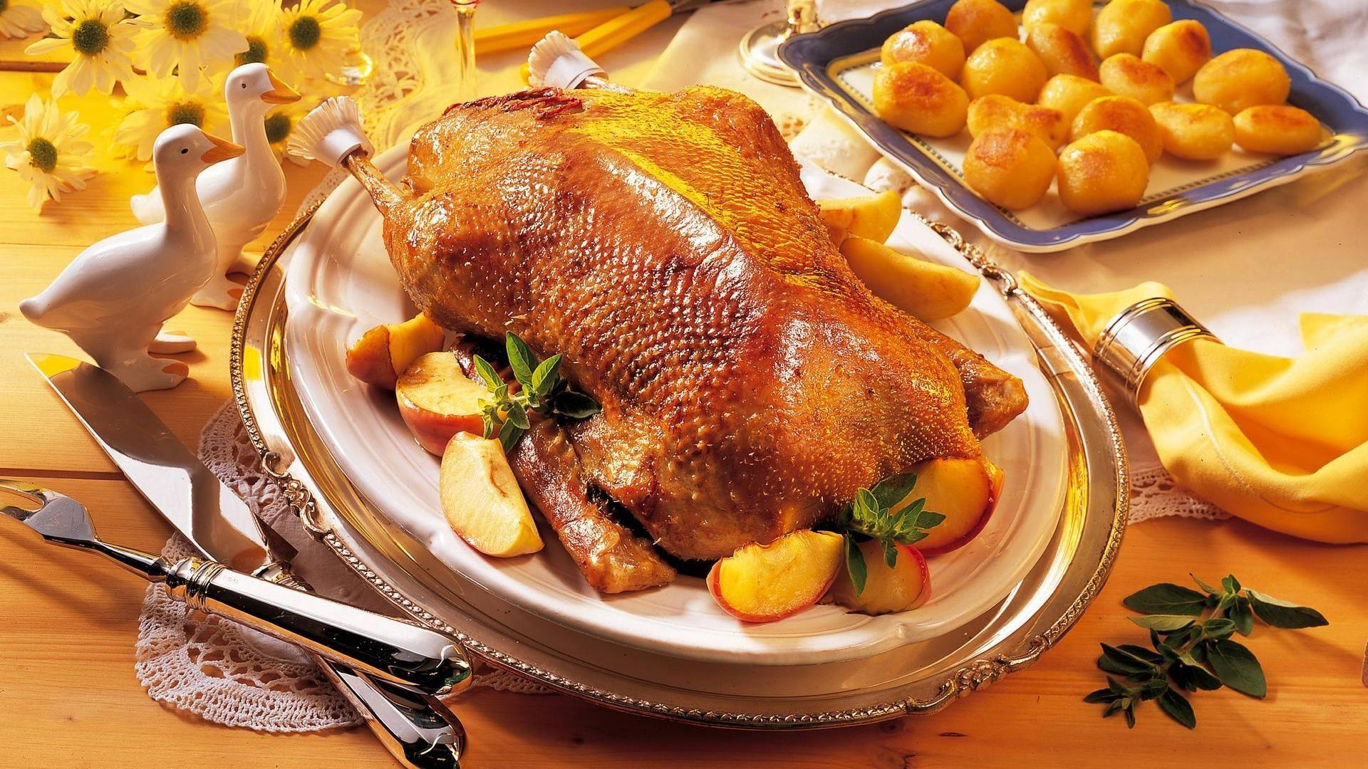 Tipps Für Weihnachtsessen.Gänsebraten So Wird Die Gans Knusprig Und Saftig Weihnachtsessen