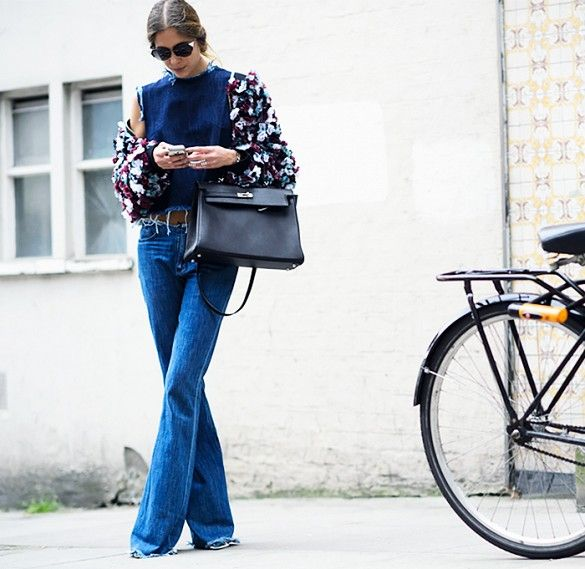 Denim-on-denim with a floral-print jacket. // #StreetStyle