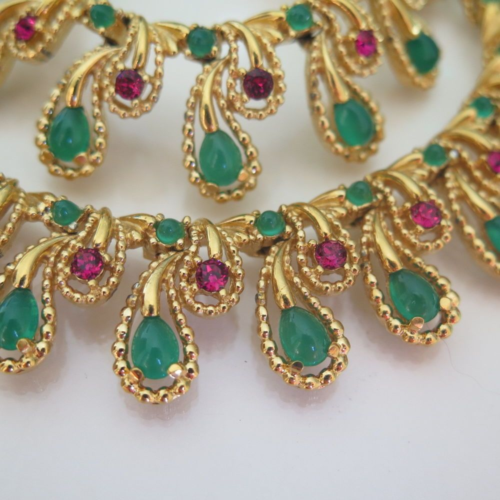 Vintage French Signed Boucher Goldtone Mogul Jewels of India Glass Necklace #Boucher