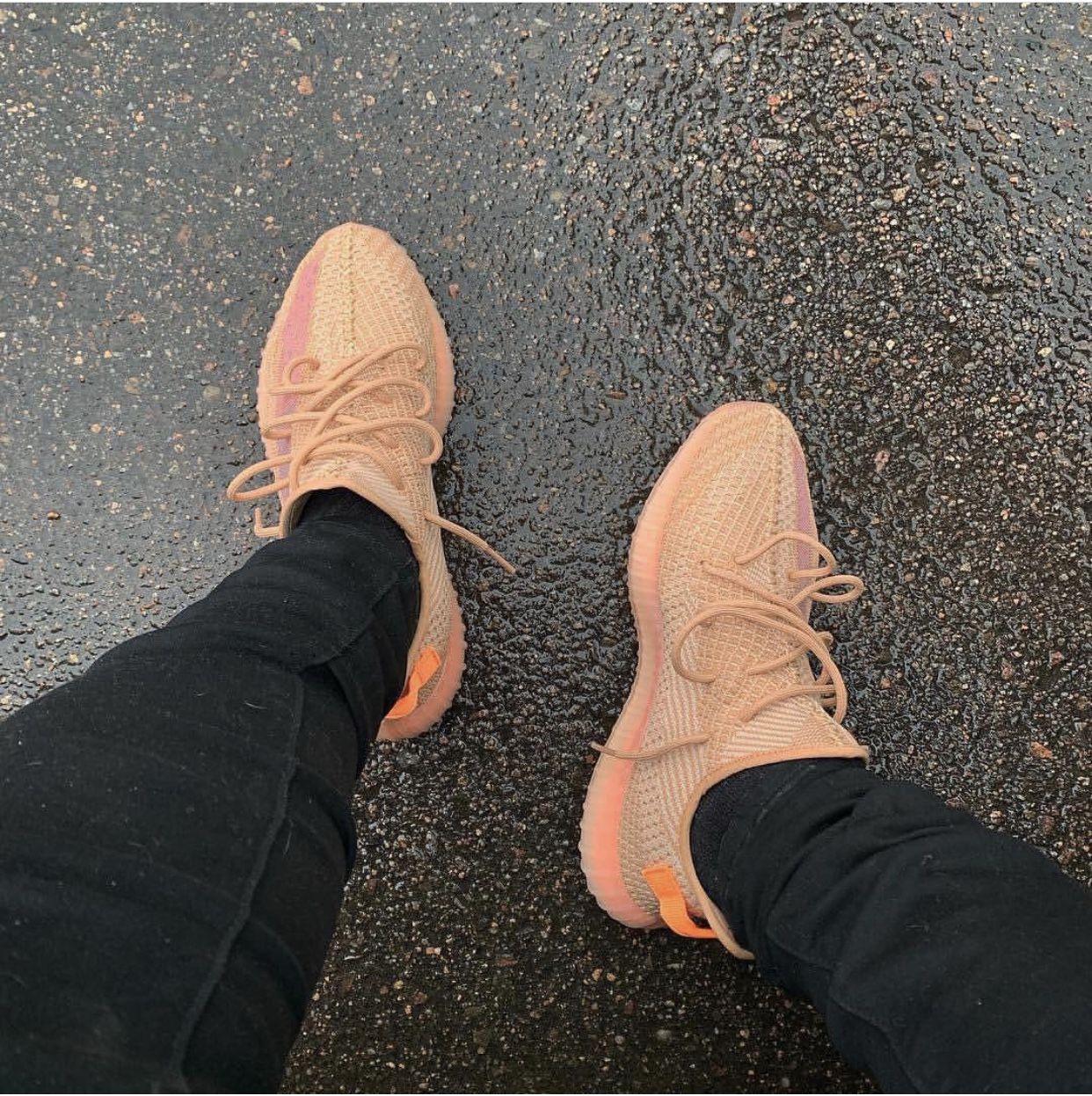 Pin by 𝑲á𝒚𝒚 𝑲𝒆𝒏𝒛𝒐 🐯 on Kicks Jordans, Adidas yeezy boost