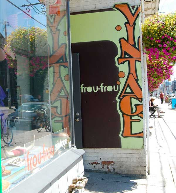 Toronto S Best Vintage And Thrift Clothing Stores Queen Street West Queen Street West Toronto Shopping Thrifting