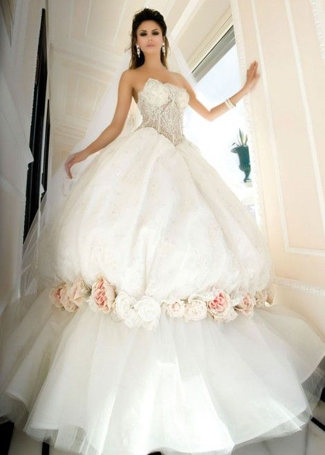 glamorous and sexy wedding dresses from daniel degli 4