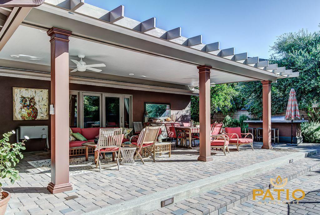 patio pergola decorations