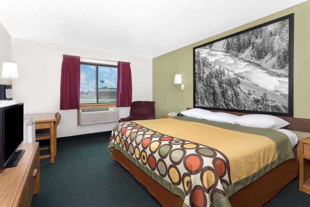 Guest room at the Super 8 Antigo in Antigo, Wisconsin