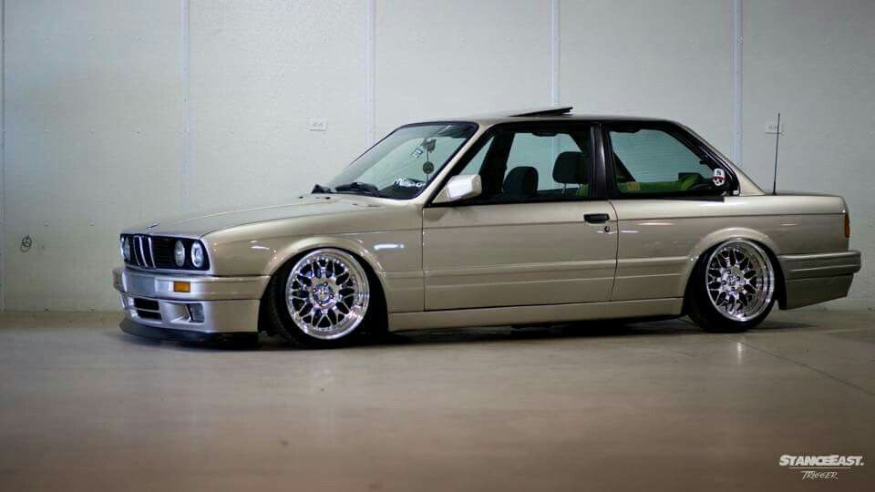 Bmw E30 3 Series Tan Slammed With Images Bmw E30 Bmw Cars