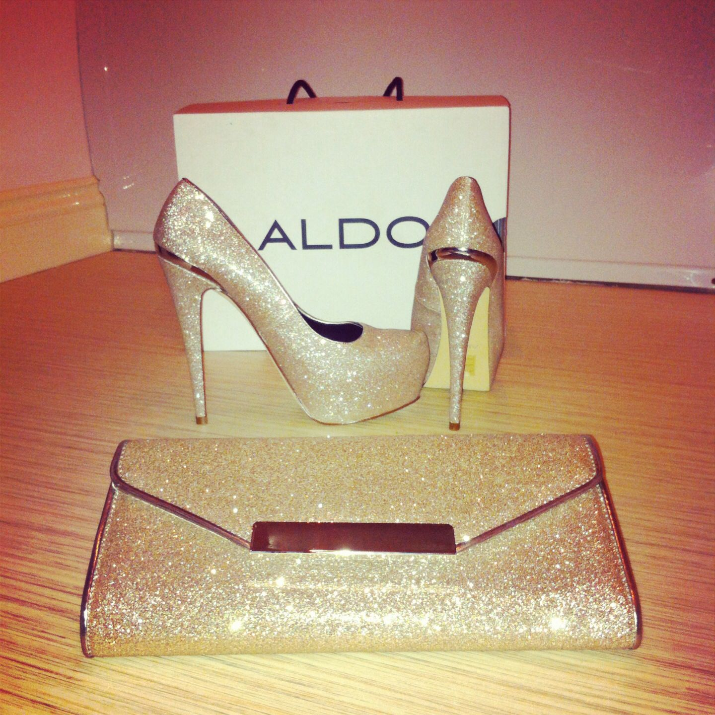 Aldo Sparkly Gold Matching Bag And Shoes