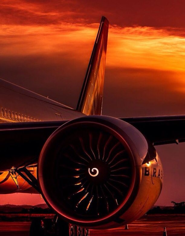 Sunset Over A Brazilian Airline Aviation Airplane Airplane Photography