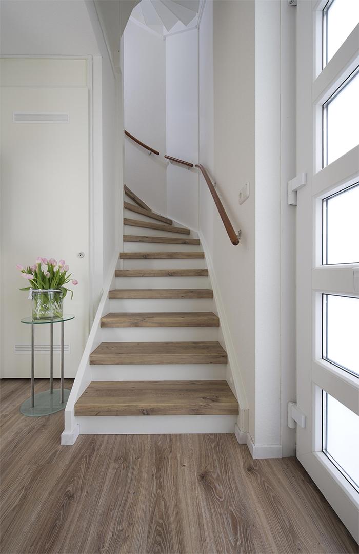 verrijk je interieur met traprenovatie | home ideas in 2019 | stairs