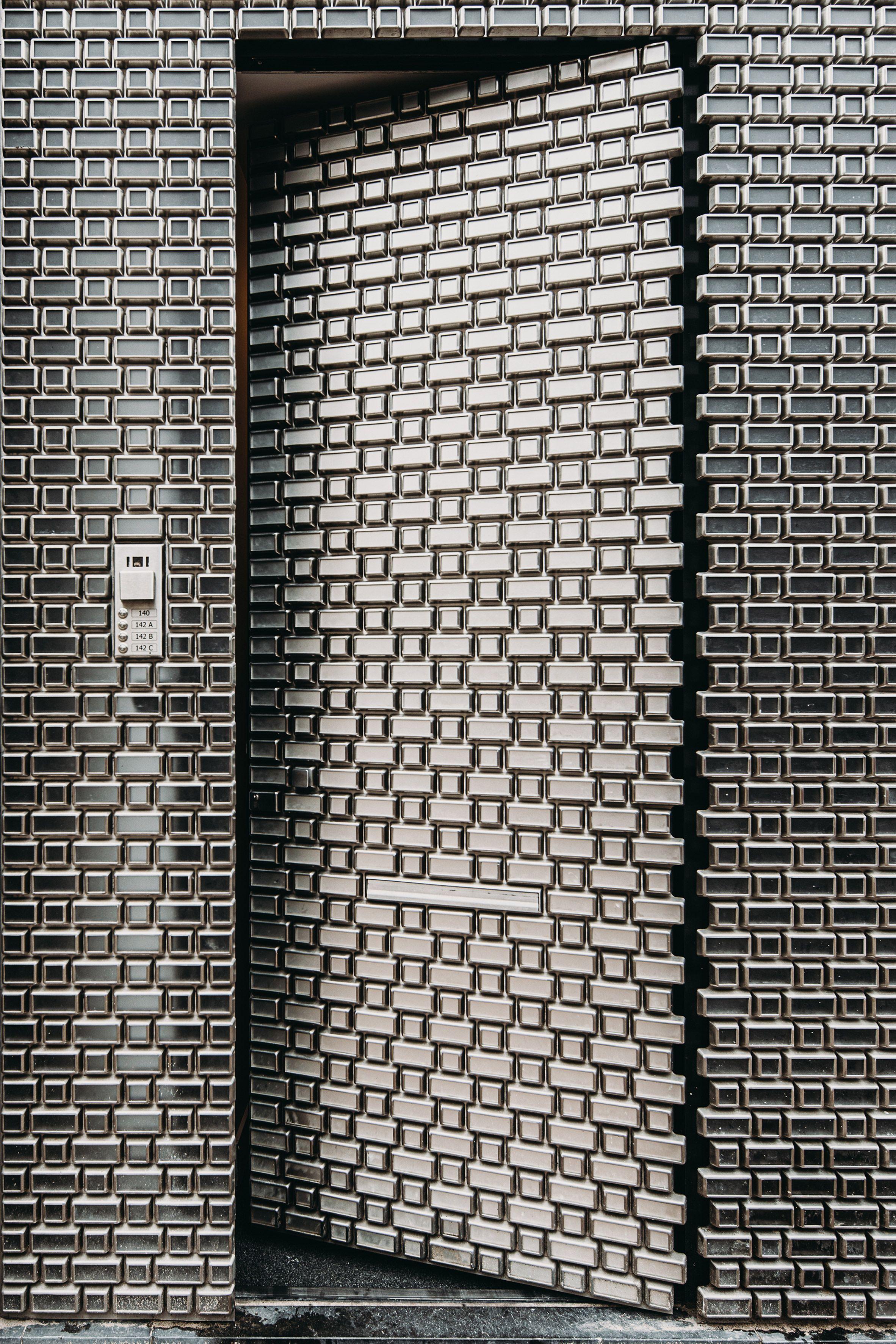 UNStudio creates pixelated facade for Louis Vuitton store on PC Hooftstraat