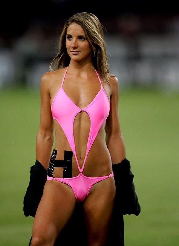 cheerleader wardrobe malfunction Lingerie football