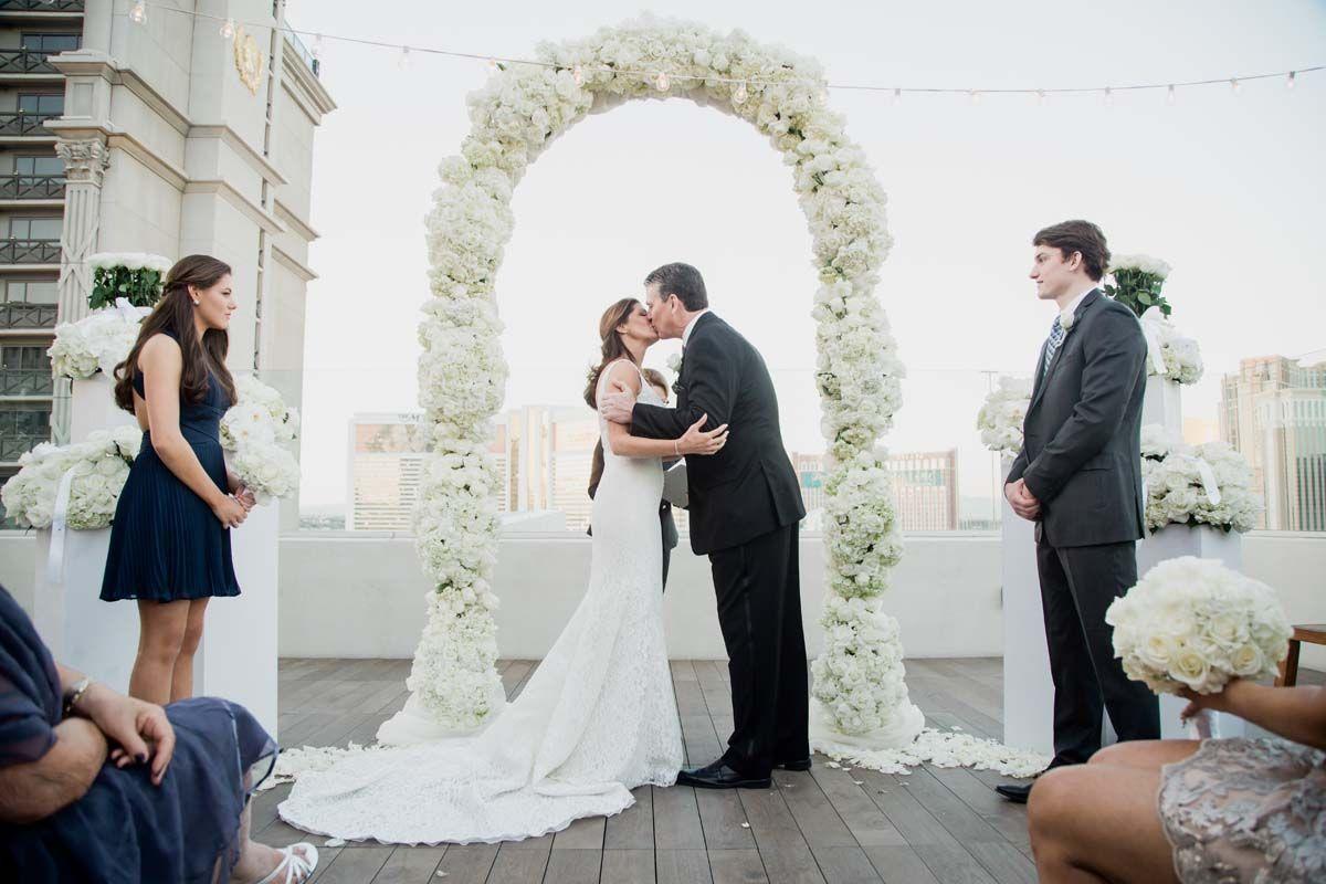 Modern Caesars Palace Wedding in Las Vegas Caesars