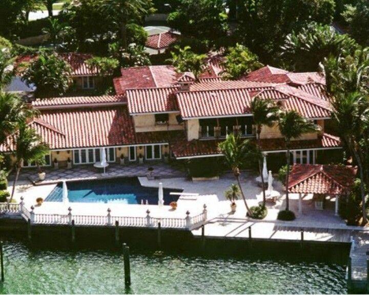 Dwyane Wade House In Miami Miami Houses Celebrity Houses Miami