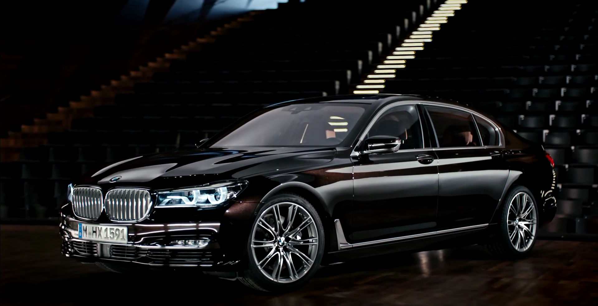 Bmw Gives You A Peek Into The Newest 7 Series Video Bmw 7 Series Bmw Car