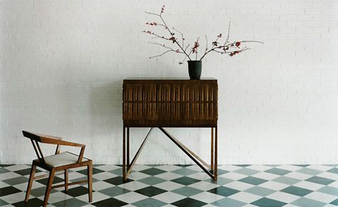 A little piece I wrote for Wallpaper* magazine some time back on Adelaide furniture designer Khai Liew    http://www.kanki-knight.com/