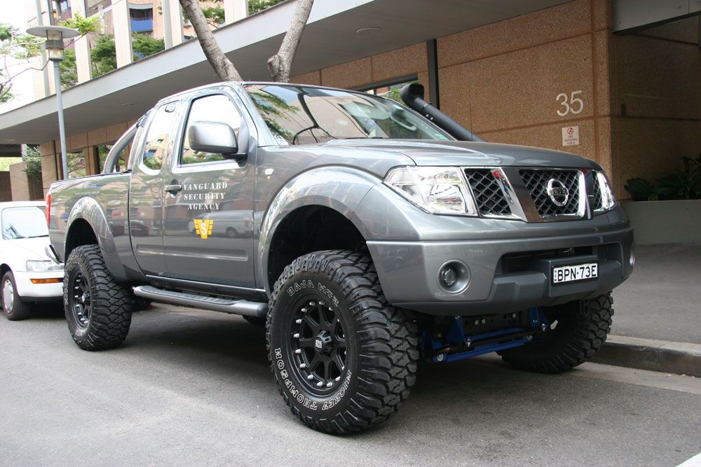 nissan navara custom google search double cab styling pinterest nissan navara nissan. Black Bedroom Furniture Sets. Home Design Ideas