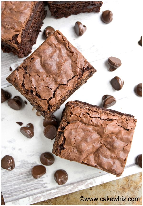 How to make fudgy brownies with crackly tops - Cakewhiz