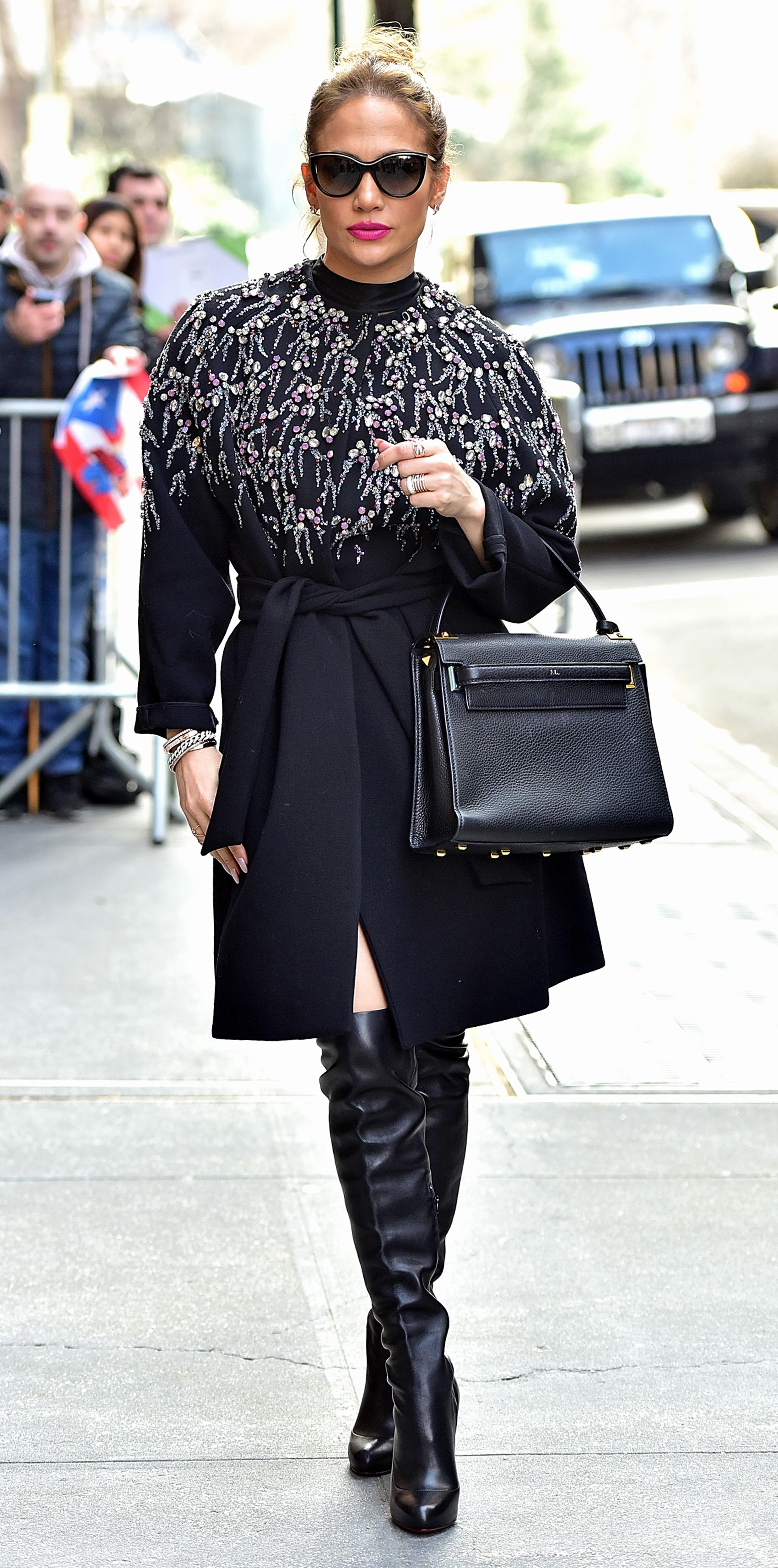 a5bf79851f55 Jennifer Lopez s Most Envy-Inducing Street Style Looks - March 2