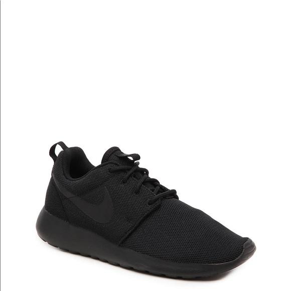 Black Nike Roshe One Running Sneakers Black Nike Roshe Black Nikes Black Nike Shoes