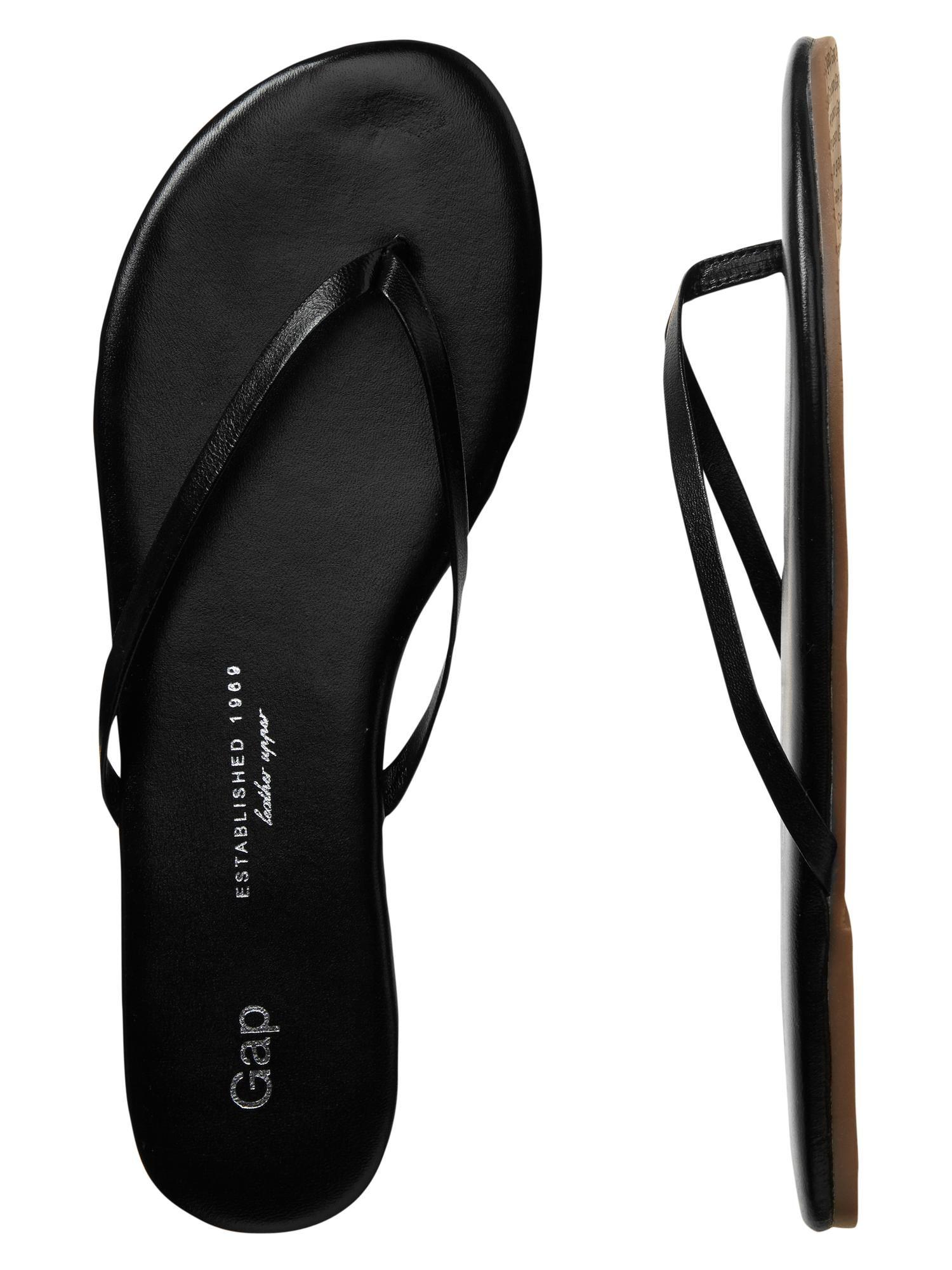 Gap leather flip flops | Leather flip