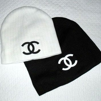 34fb4a774 CC Chanel Beanie | Accessories - Hats | Chanel outfit, Chanel, Coco ...