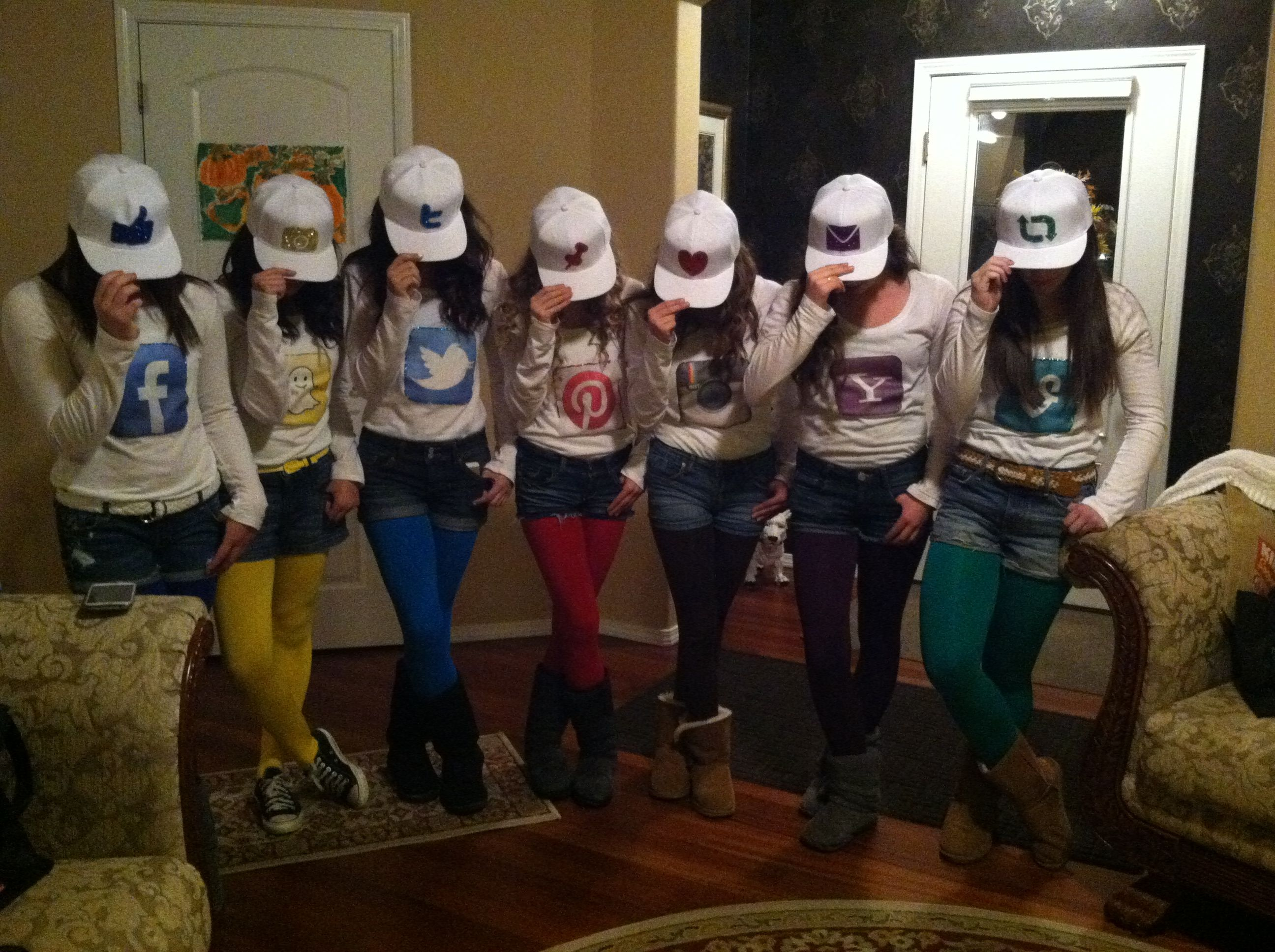 Social media Halloween costumes! <3 | Fun Stuff | Pinterest ...