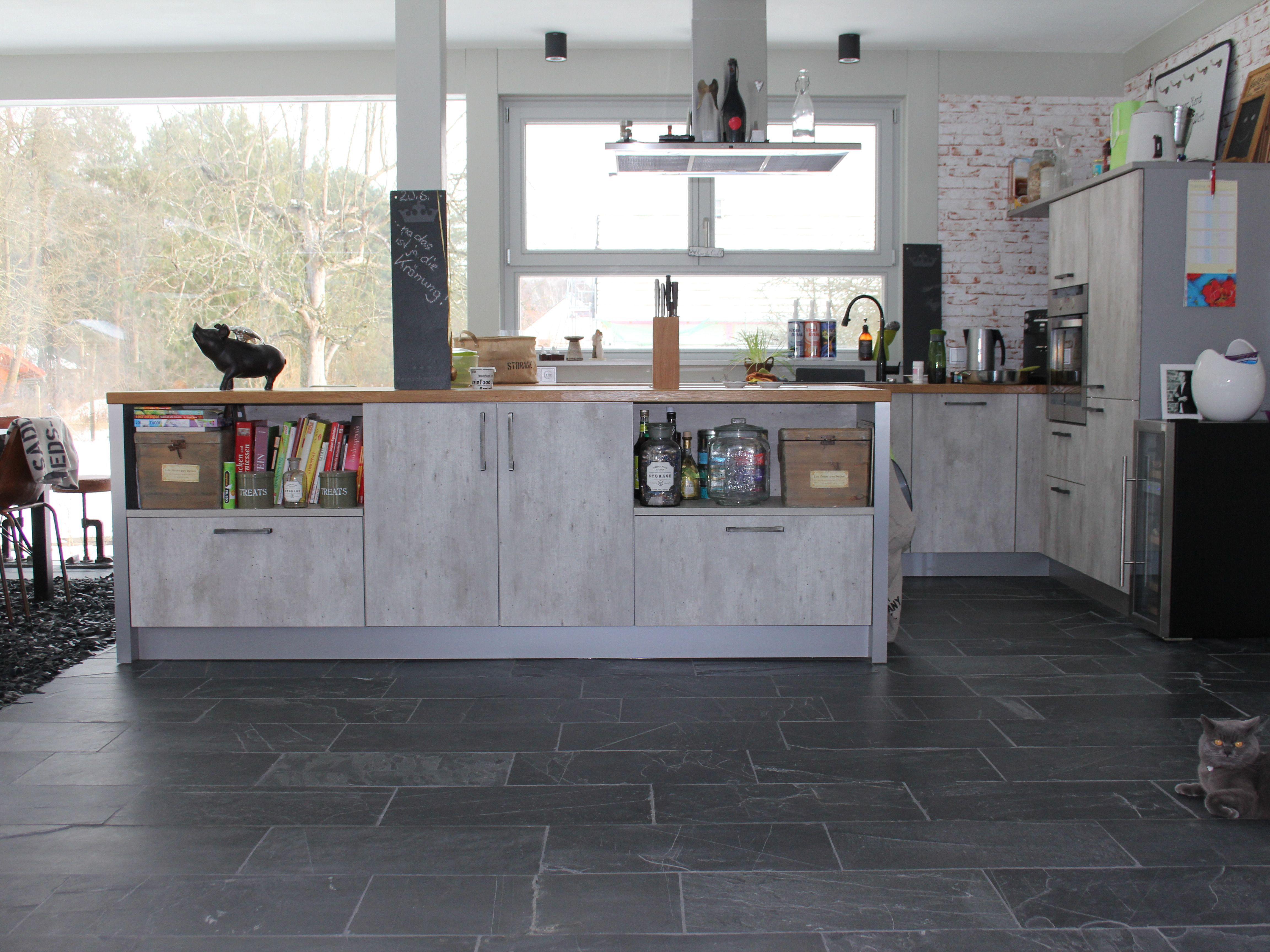 Modern und gemütlich - diese Küche mit Schieferboden ist beides ...