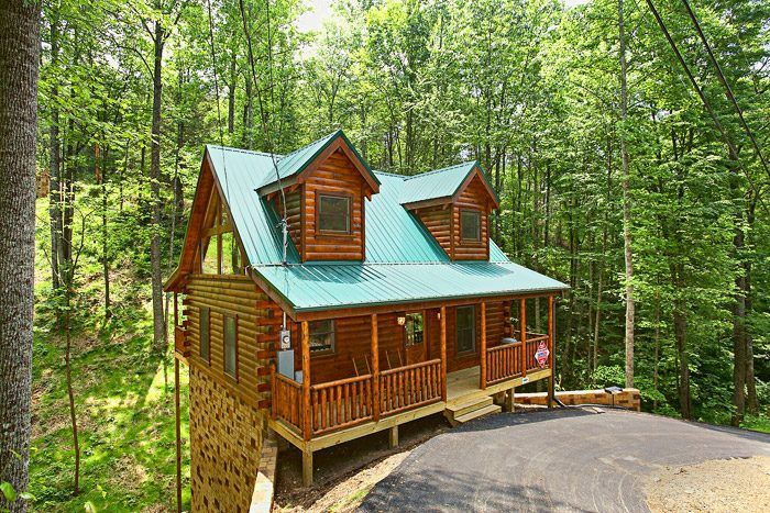 Gatlinburg Cabins In The Smoky Mountains Of Tennessee Smoky Mountain Cabin Rentals Tennessee Cabins Smoky Mountains Vacation