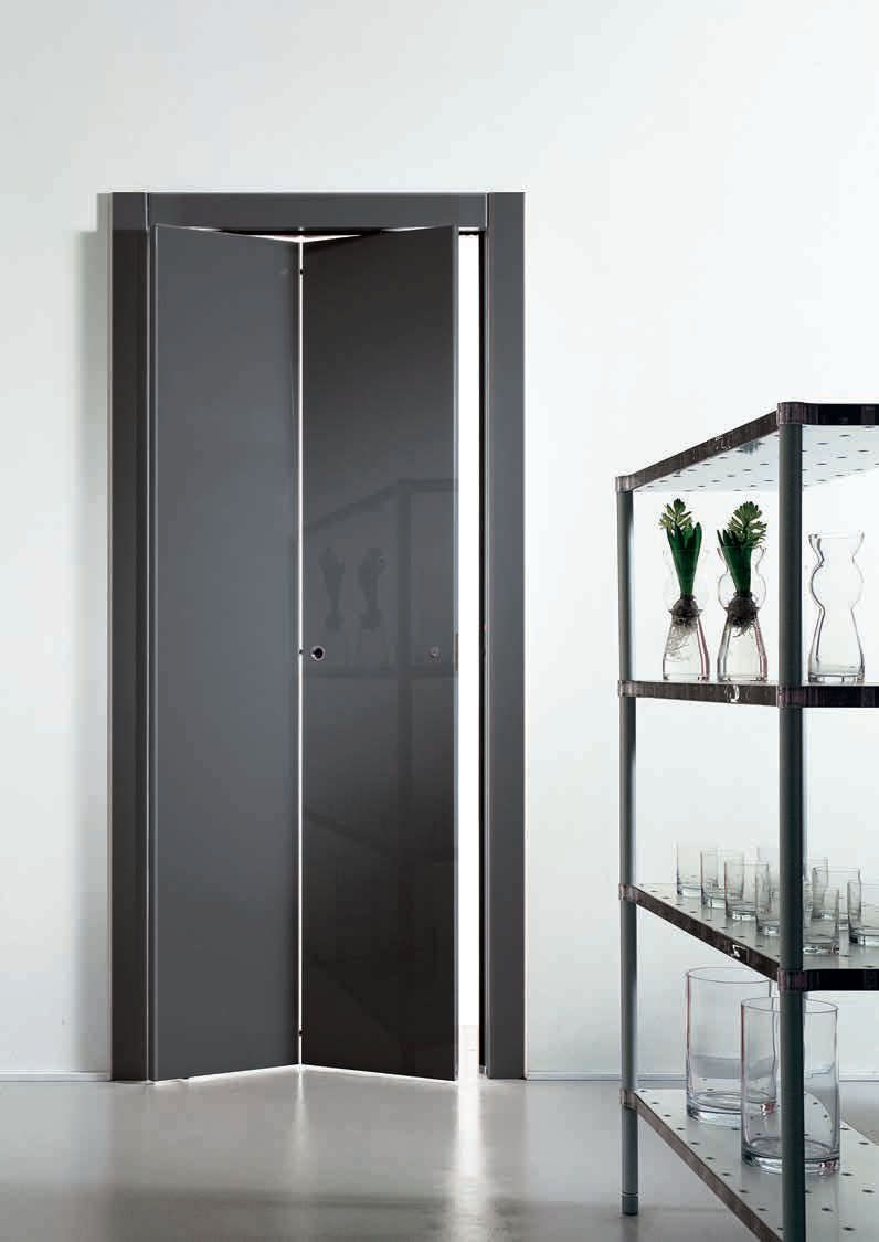 Puerta plegable de madera libro by pietro nieder tre for Puertas plegables de interior