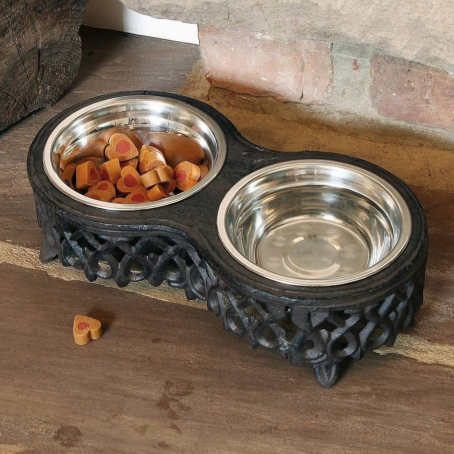 Double Cast Iron Pet Stand