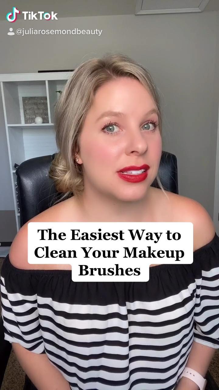 Video The Easiest Way To Clean Your Makeup Brushes Di 2020 Kuas Makeup Teknik Makeup