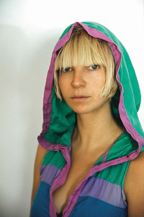 I know this is very late, but I have figured out that I want to be sia
