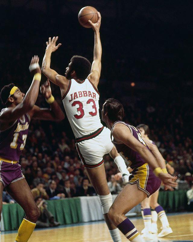 Slam On Instagram On This Date In 1972 Kareem Abdul Jabbar And The Bucks Defeated The Lakers 120 104 Ending L A S Kareem Abdul Jabbar Nba Basketball Jones