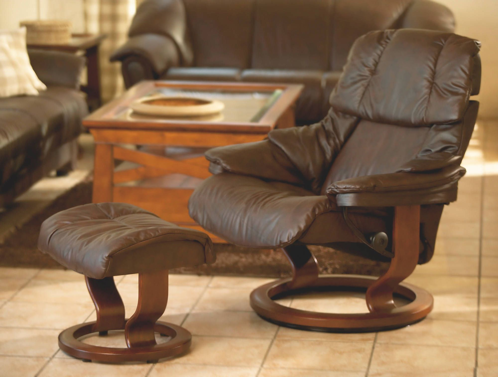 Stressless Reno Recliner in Paloma Leather color Chocolate with