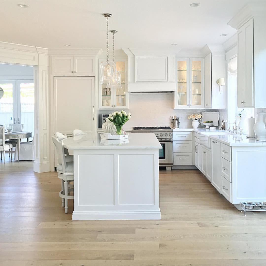 Pin by Sara Munoz on ♥ k i t c h e n   White kitchen design ...