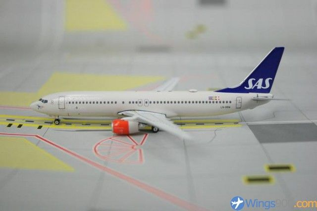 Phoenix Models 1 400 Sas Scandinavian Airlines B 737 883 Wings900 Id 35845 Sas Airlines Model