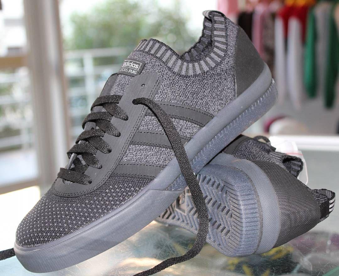 Ne ratez pas les nouvelles skate shoes Adidas Skateboarding