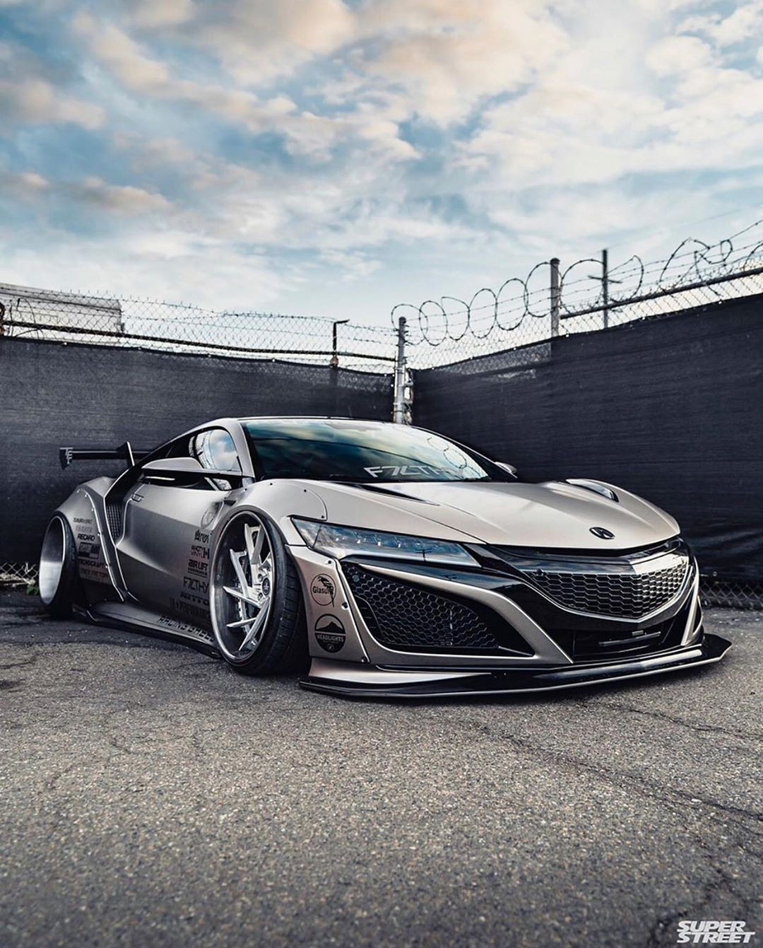 LIBERTY WALK 自由に歩く★★★ LB★WORKS NEW ACURA NSX Tag A Friend
